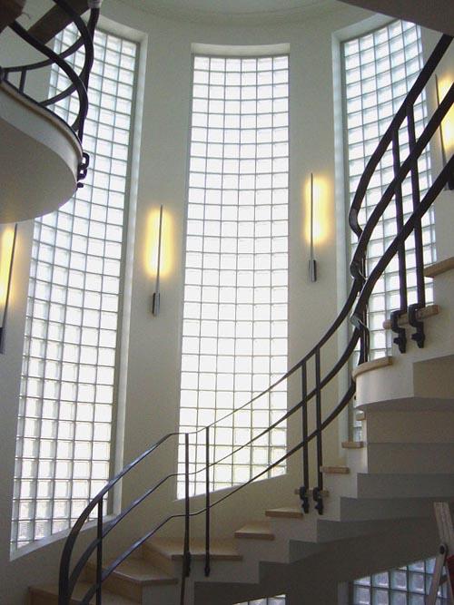 Foyer Art Deco : Through the french eye of design glass blocks