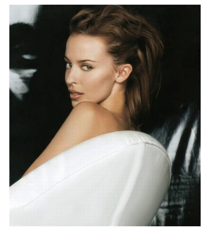 http://2.bp.blogspot.com/_qkdu4uOwe4A/TTHzV0H1guI/AAAAAAAABmM/Nnk4RAiTC94/s1600/Kylie_Minogue.jpg
