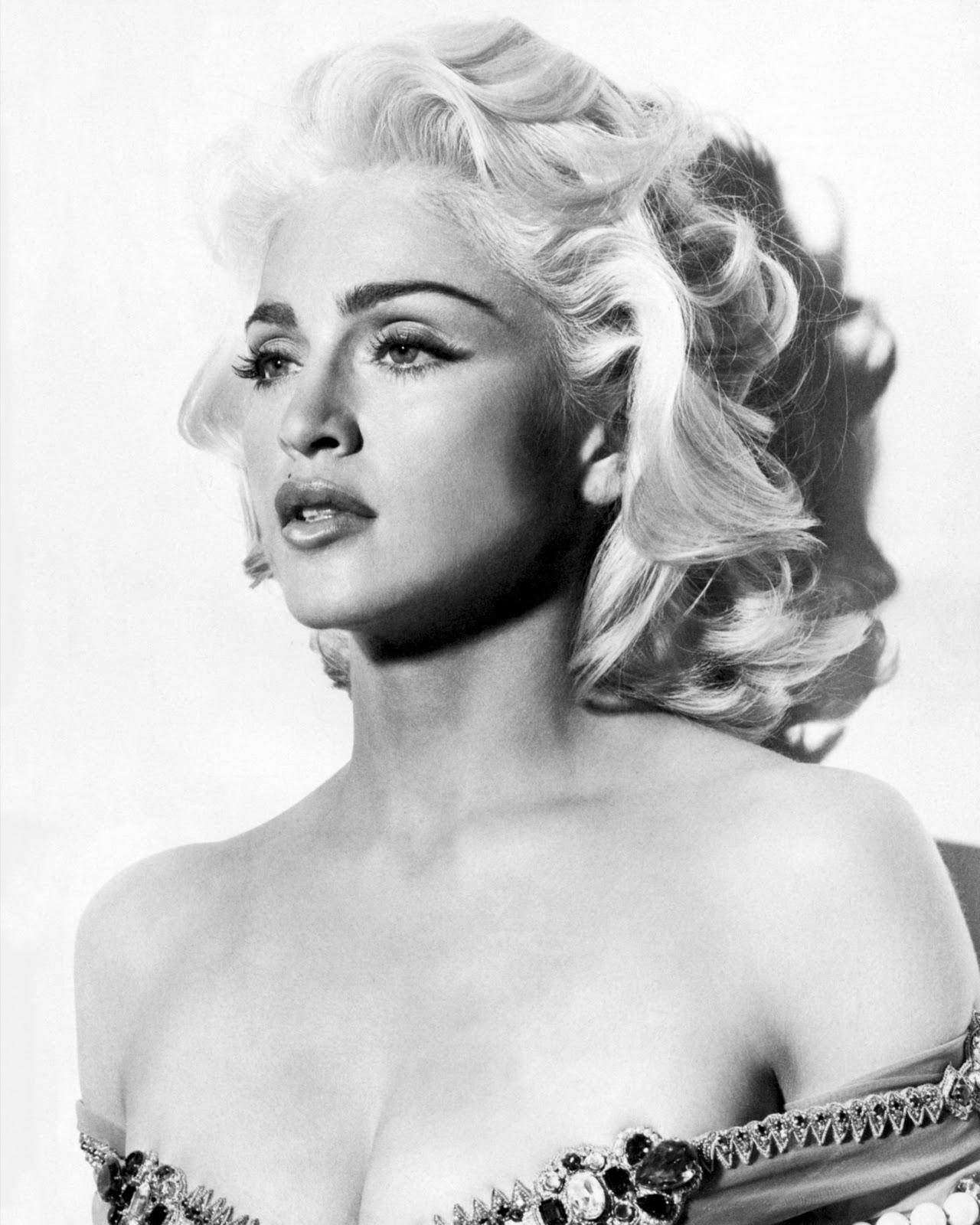 http://2.bp.blogspot.com/_qkdu4uOwe4A/TTIH0GKe9hI/AAAAAAAABnU/SDaYSiCv4SI/s1600/Madonna%2Bby%2BMeisel.jpg