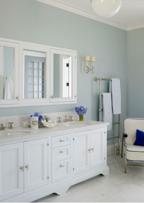 The kids 39 bath needs some style jones design company for Powder blue bathroom ideas