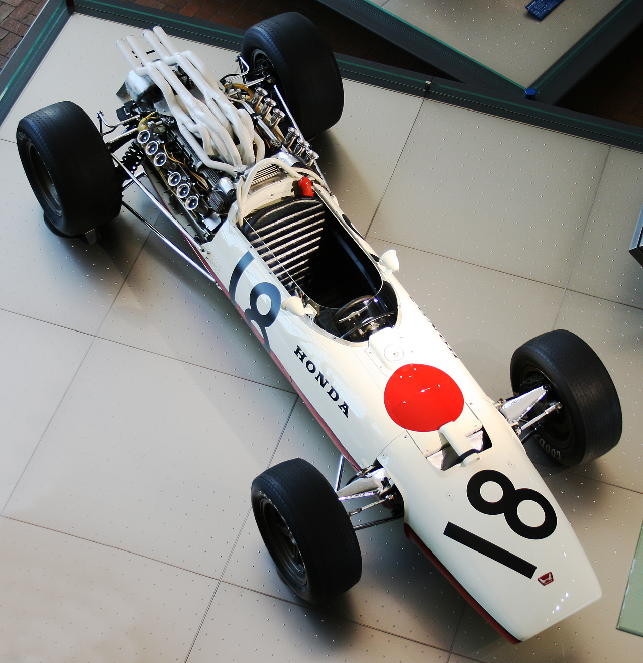 1966 HONDA F-1 GP Honda's F1 car over the period 1966-7, the RA273, didn't prove to be a very  successful one - 9 races, 0 wins, 0 poles, 1 fastest lap - but it  definitely ...