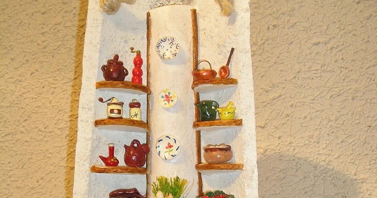 Tejas decoradas peque a cocina r stica en una teja - Tejas pequenas decoradas ...