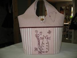 Rosa väska med katt