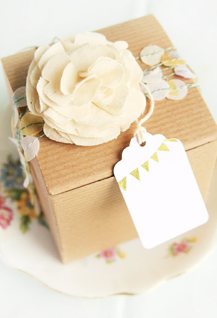 pretty packaging gift wrap