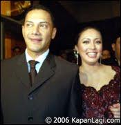 Pasangan Mesum Angelina Sondakh & Adjie Massaid Teman Pendukung Airin Rachmi Diany