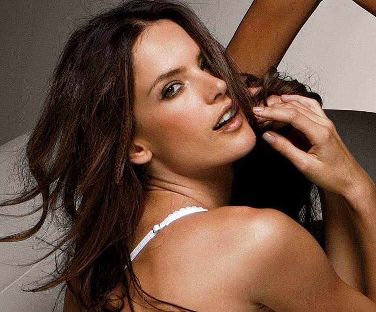 Alessandra Ambrosio Victoria Secret 2011 Pictures Galleries