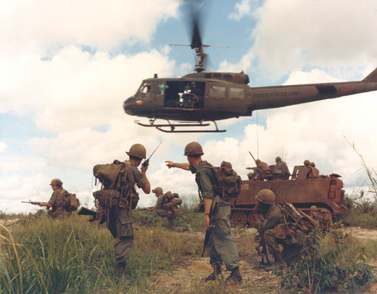 Alerta roja en Michoacán Vietnam-war+1
