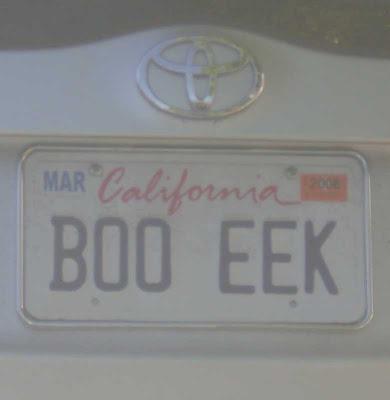 BOO EEK