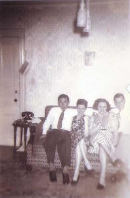 Lou, Del, Flo, Tom - circa 1948