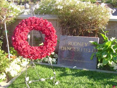 Rodney Dangerfield - Westwood Cemetery