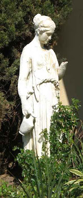 Statue on California Avenue - Santa Monica
