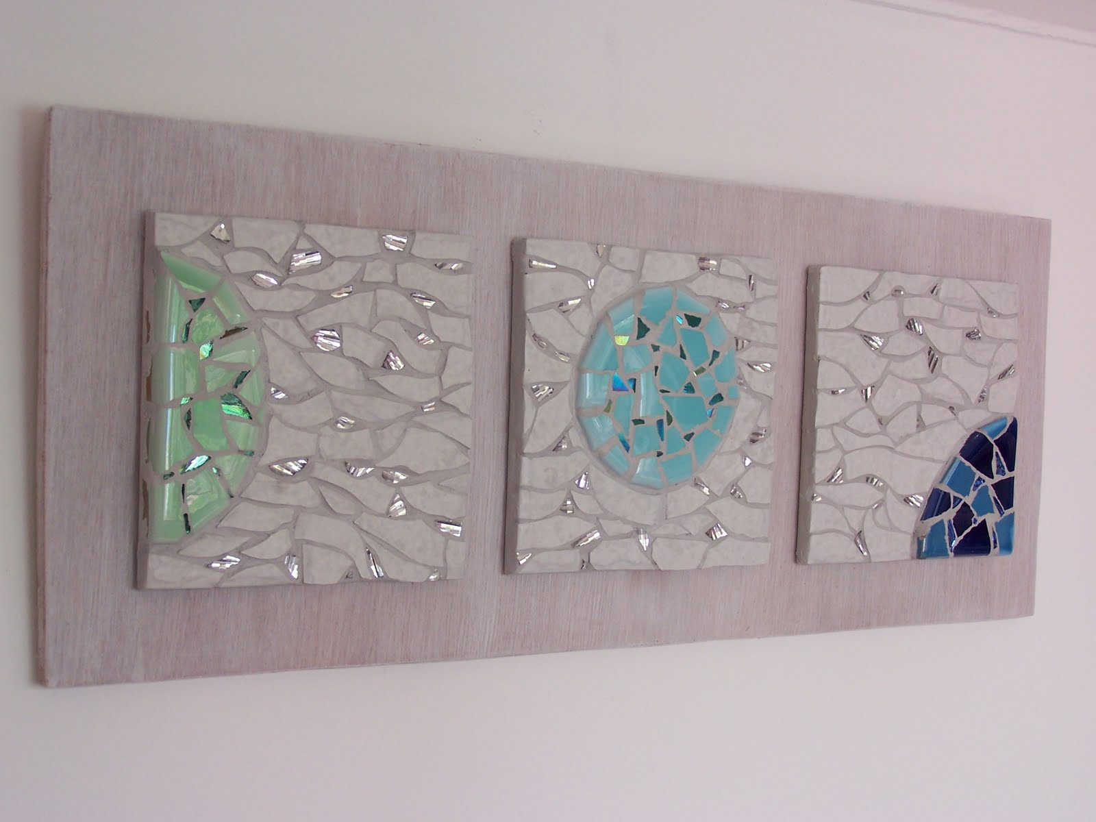 Glittering shards moonscape recycled mosaic free for Projects with glass