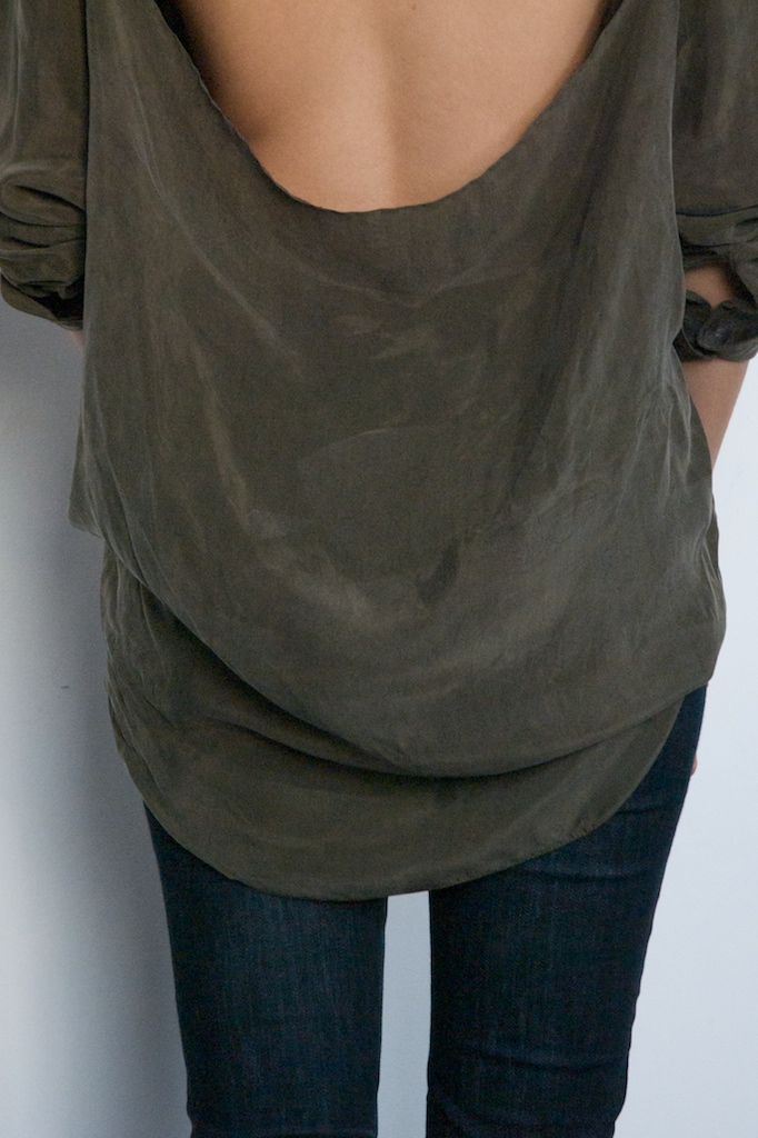 Diy Weekly Cut Out Back Shirt A Pair A Spare