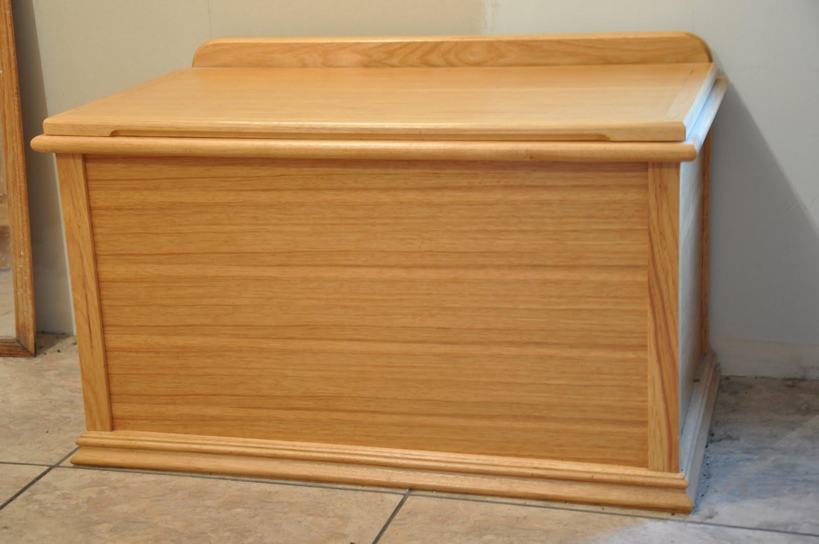 Wood Clothes Hamper Bench
