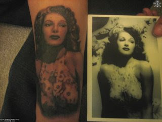 Loves pin-up tattoos