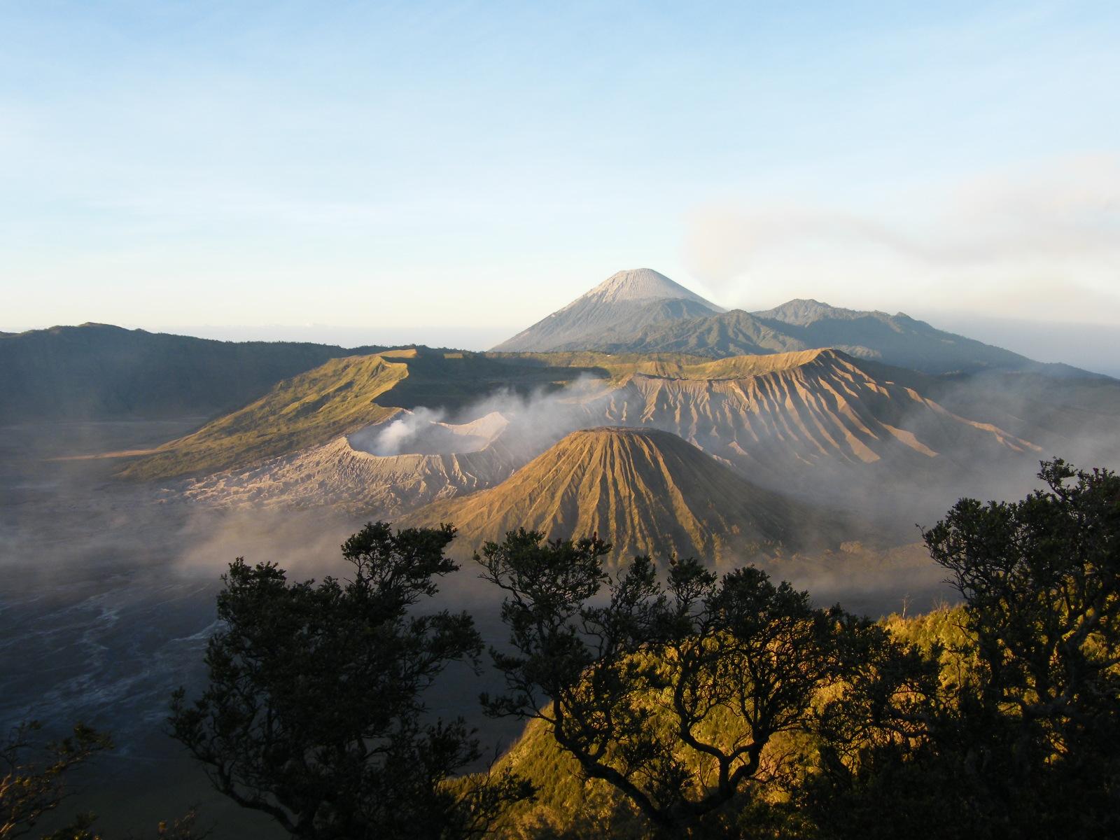 CECEP ASIANA SIANTARA: GUNUNG BROMO Galery, Jawa Timur