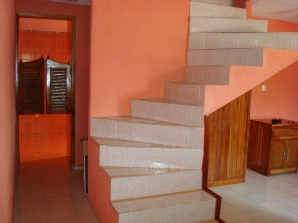 Se vende casa en coatzacoalcos for Puertas de escalera