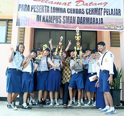 Indahnya Foto Anak SMP yang Belia;