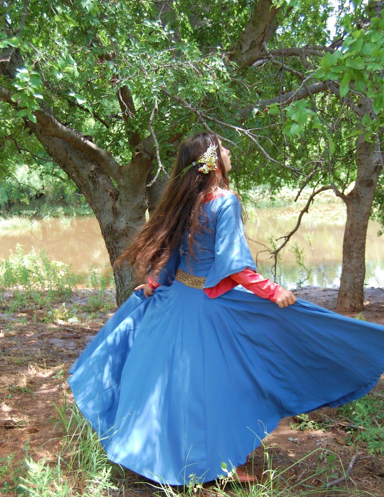 Tunics: Meval Knights - Gothic Warrior - Renaissance Clothing