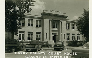 Barry County, MO Courthouse Post Card