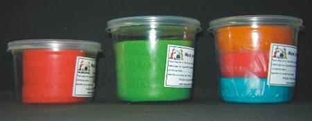 Potes de 150 g, 250 g y tricolor de 300 g
