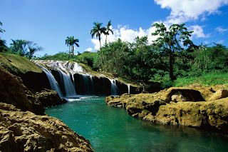 Beautiful Natural Waterfall :: Top Wallpapers Download .blogspot.com