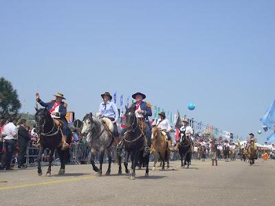Desfile Farroupilha em Porto Alegre