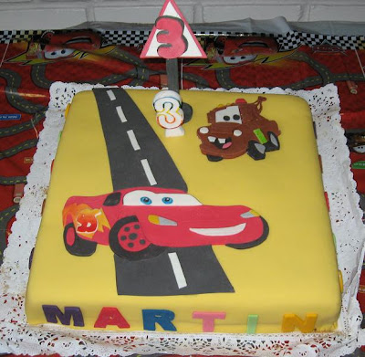 TORTAS ORIGINALES: TORTA DE CARS