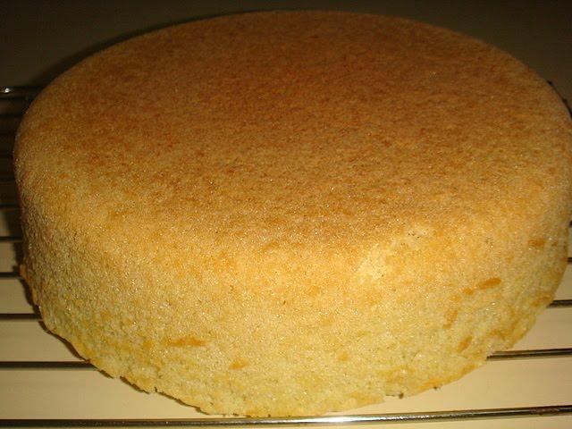 Baño Sencillo Para Tortas:Receta De Bizcochuelo Para Torta