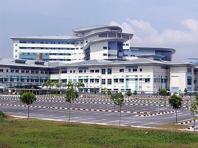http://2.bp.blogspot.com/_r5dYbfgOlu8/TSMGfkrbq9I/AAAAAAAABD4/Y6mo1_q_a28/s1600/hospital+sungai+buloh+malaysia.jpg