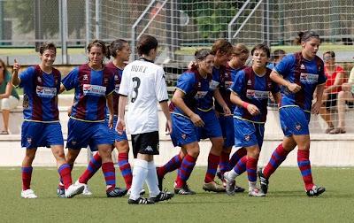 nosotras deportistas; fútbol femenino