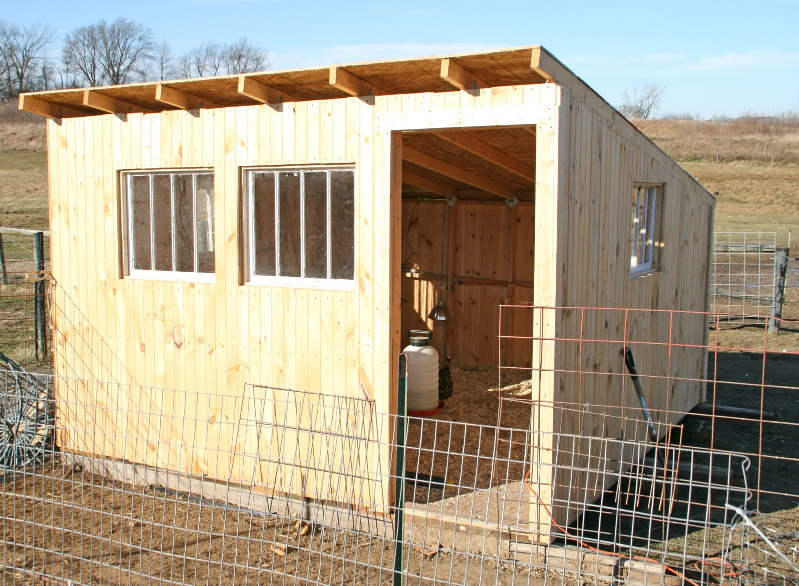 Hen house plans free for Plans for hen house