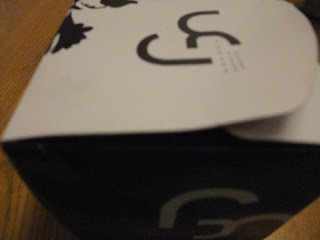 GOKOKUのロールケーキの箱