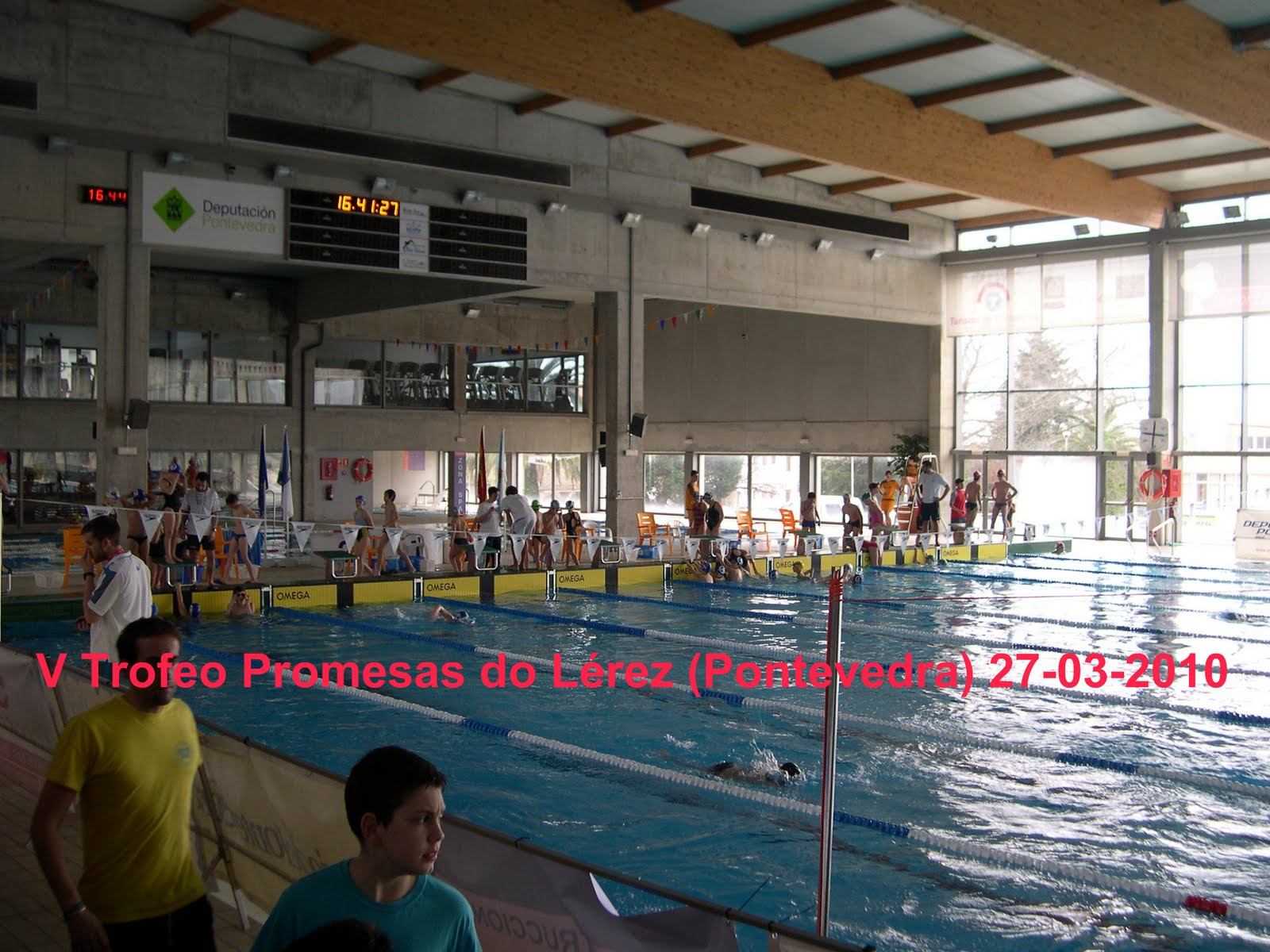 Club nataci n arroaz fene v trofeo promesas do l rez pontevedra piscina r as do sur 27 03 2010 - Piscinas en pontevedra ...