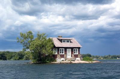 Thousand Island Dog Resort