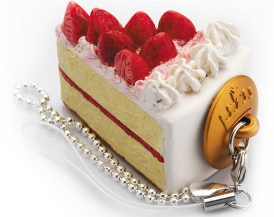 Strawberry Torte cake USB stick