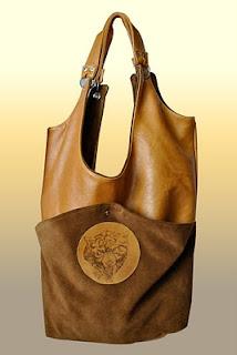 Изделия из кожи аксессуары цветочки сумки