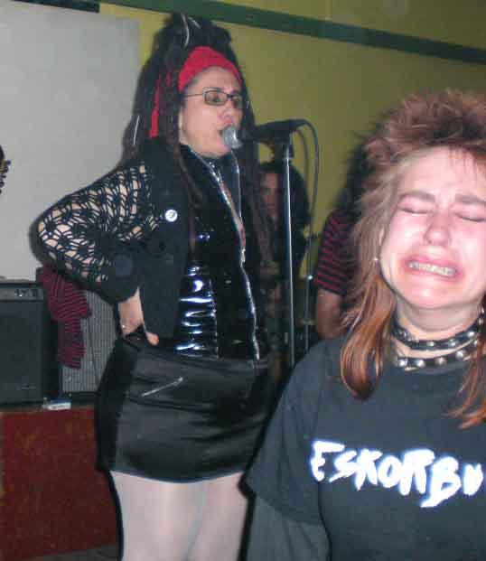 Ultimo Resorte - Que Dificil Es Ser Punk!