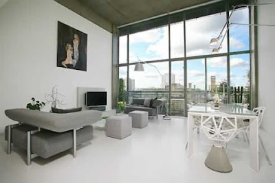 Luxurious-living-room-in-apartment