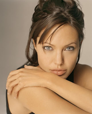 Angelina-Jolie-photos