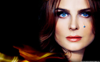wallpaper_emily-deschanel