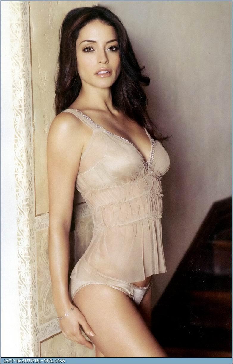 http://2.bp.blogspot.com/_rGbuSF9XoUU/TMp1-PAtDLI/AAAAAAAAQRE/pgx0qPjNQhE/s1600/Emmanuelle_Vaugier_005.jpg
