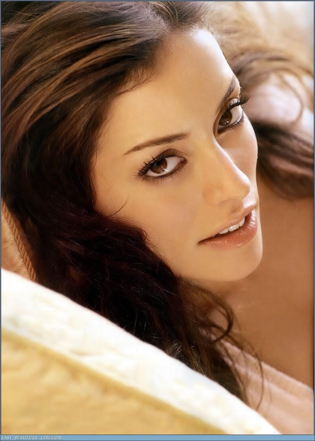 http://2.bp.blogspot.com/_rGbuSF9XoUU/TMp2OcukVNI/AAAAAAAAQRs/JLISCzq1jno/s1600/Emmanuelle_Vaugier_002.jpg