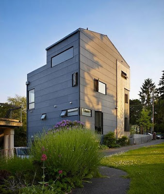 Lobster Boat Residence in Portage Bay