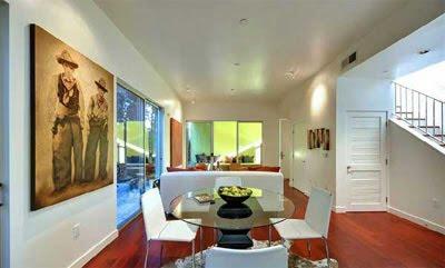 cosmopolitan luxury lifestyle