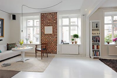 Elegant White Apartment Design