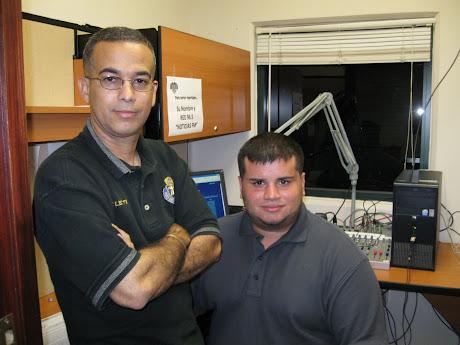 Prof. Miletti y Jay Fonseca, reportero de Red 96.5 FM