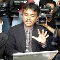 Roy Suryo saksi kasus Marcella Zaliyanti