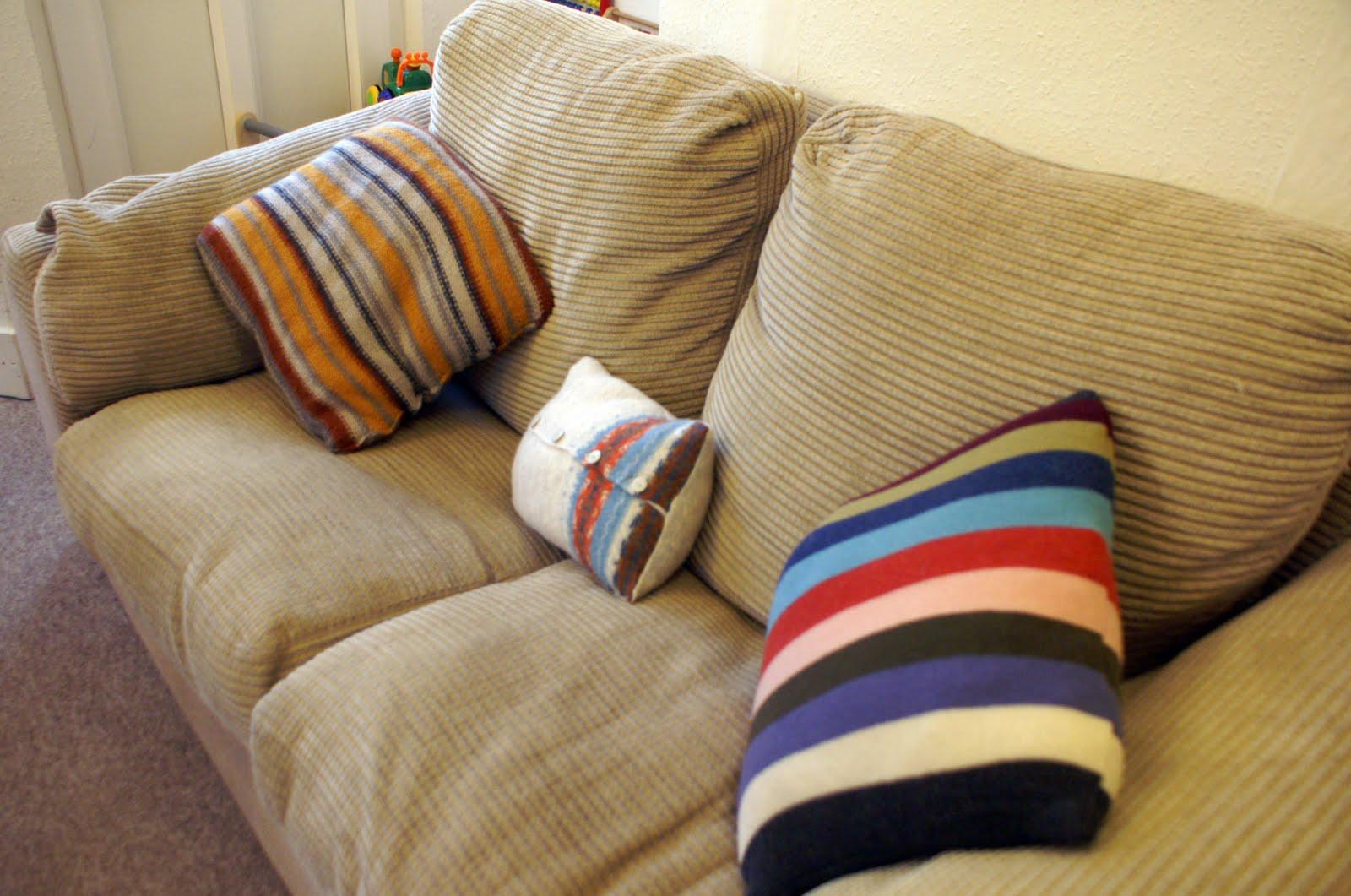 Подушки из старого свитера - 50 прекрасных идей 10