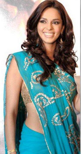 mallika sherawat wallpapers. Hot Mallika Sherawat in Saree: